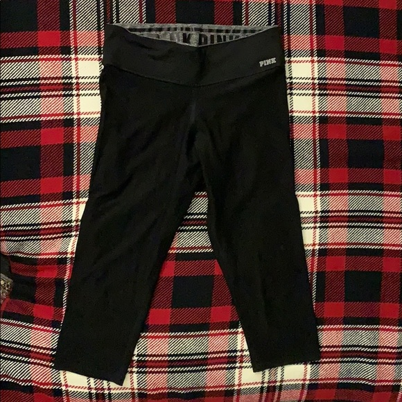 PINK Victoria's Secret Pants - 3/4 PINK Leggings